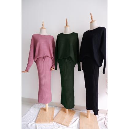 AVAROSE Knitwear
